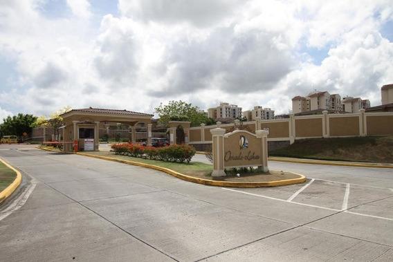 Hermosa Casa En Venta En Dorado Lakes Altos De Panama Panama