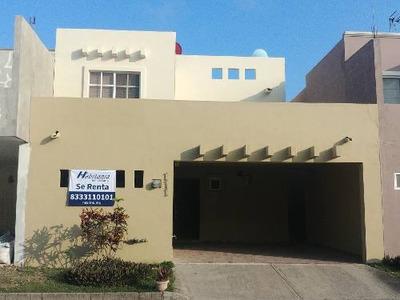 Renta De Casa Amueblada En Villas Nautico Altamira