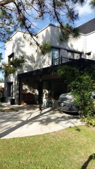 Hermosa Casa Con Amplio Parque La Taquara Country Cañuelas