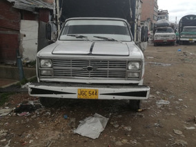Chevrolet 87 Camion