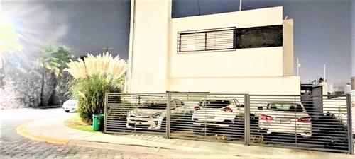 Imagen 1 de 14 de Casa Renta Loma Dorada Priv 3 Rec A/c Paneles Solares