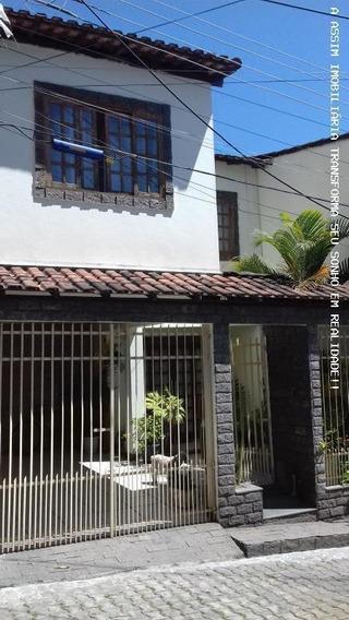 Casa Para Venda Em Volta Redonda, Retiro, 3 Dormitórios, 2 Banheiros, 1 Vaga - C009_1-813989