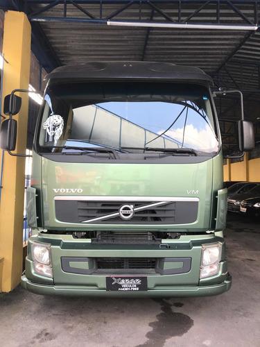 Volvo Vm 330 6x2r