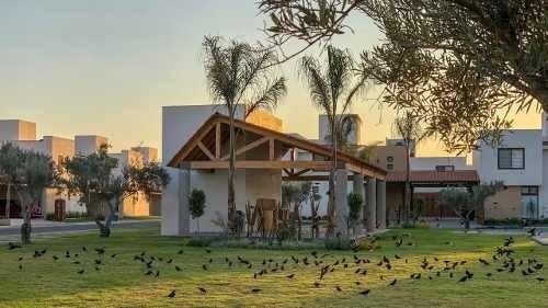 Villa Los Cantos Puerta Real, 4 Recamaras, Alberca, 5 Baños.