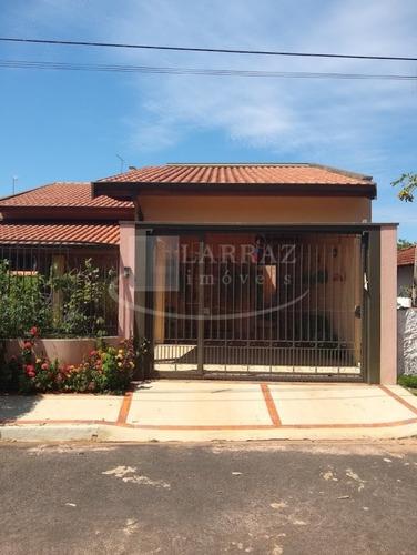 Chacara Para Venda Com Casa Alto Padrao, Em Santa Rosa Do Viterbo, Com 1600 M2 De Area Total, 2 Suites. Porteira Fechada. - Ch00048 - 68970017