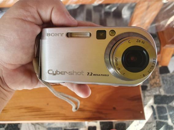 Câmera Fotográfica Sony Cyber-shot 7.2 Mega Pixels Dsc-p200