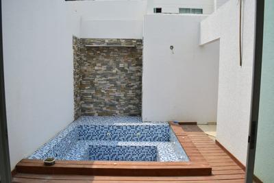 Venta De Casa Con Jacuzzi En Monteria - Monteverde