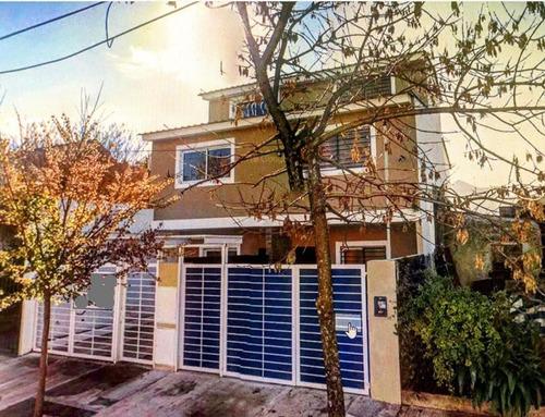 A Estrenar Casa Tipo Duplex, Con Cochera Y Fondo Libre.