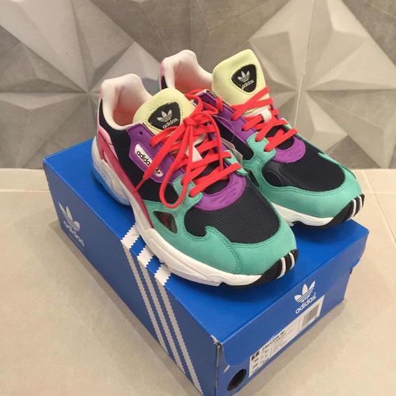 Tênis adidas Falcon Multi Color