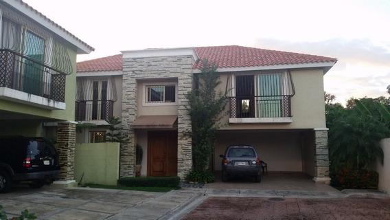 Hermosa Casa Ubicada En Casilda De Oportunidad Wpc37