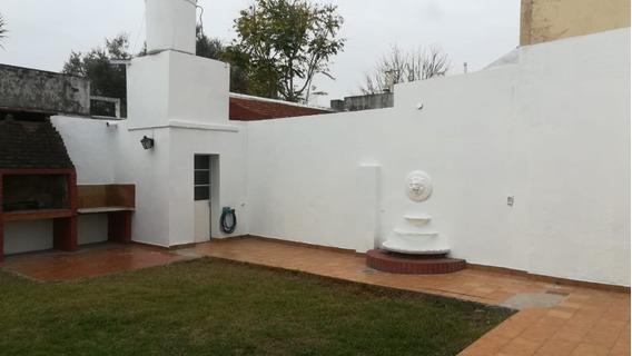Alquiler Impecable Ph Villa Urquiza Con Jardín Y Parrilla