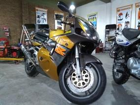 Suzuki 750 R Gsx