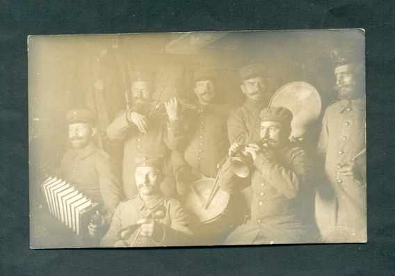 Primera Guerra . Antigua Tarjeta Postal . Banda Musicos
