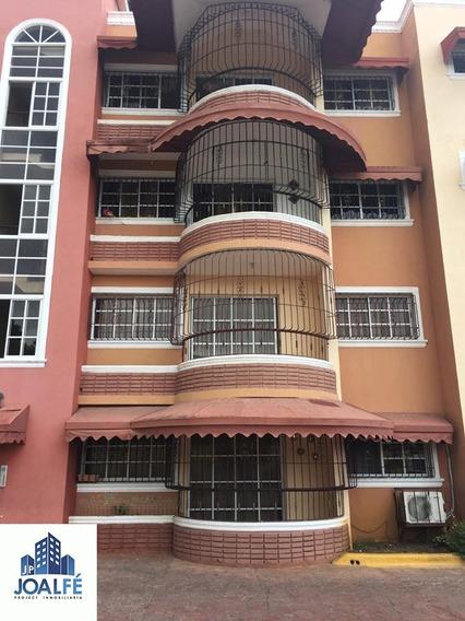 Apartamento En La Exclusiva Auto Pista De San Isidro
