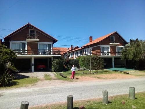 Alquilo Anual Duplex  C/pileta En Pinares Con Vista Al Mar!