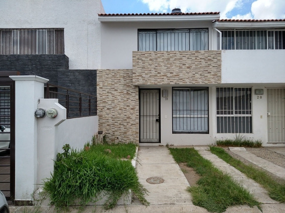Casa En Villas De Otero