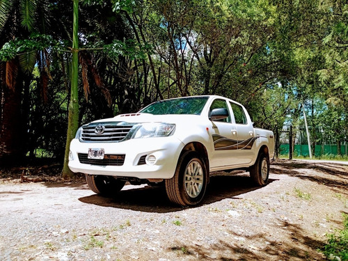 Toyota Hilux 2.5 Cd Dx Pack 120cv 4x4 2014