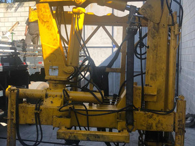 Munck Hidrauguincho 8.000 P/ 4 Ton 2003