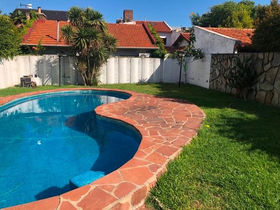 Casa En Venta En La Lucila Con Jardín Y Pileta Dueño Directo