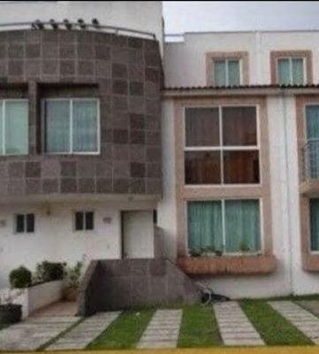 Casa De 3 Recamaras Excelente Ubicación En Renta, Conocela!!