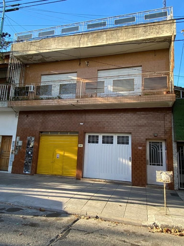 Alquiler Haedo - Casa Ph 3 Amb Con Garage, Terraza Y Quincho