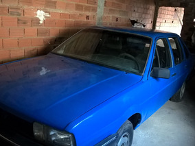 Volkswagen Santana- Azul -4 Portas Cli 1.8 - 1988- Sem Motor