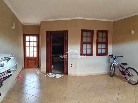 Casa Com 2 Dormitórios À Venda Por R$ 300.000,00 - Jardim Bom Sucesso - Santa Gertrudes/sp - Ca0555