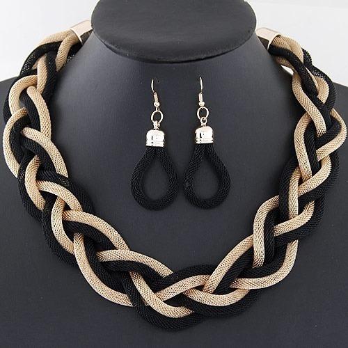 Collar Entrecruzado Negro Dorado Con Aretes Aleacion