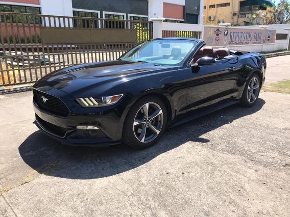 Ford Mustang Convertíble