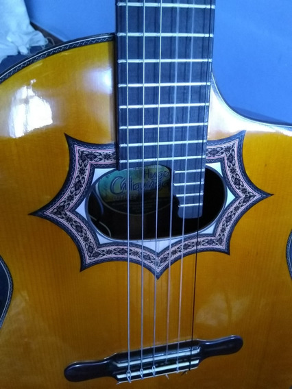 Requinto Hugo Chiliquinga Flamante