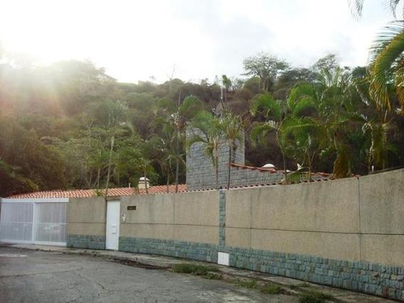Casa En Venta,alto Prado,caracas,mls #19-6844
