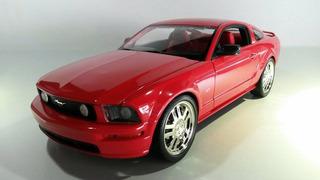 Ford Mustang Gt Marca Hotwheels Escala 1/18