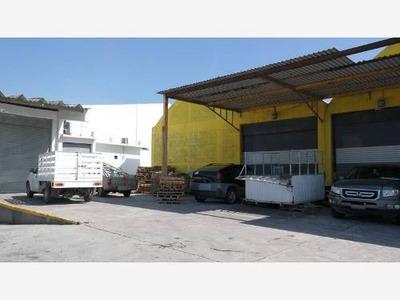 Bodega Comercial En Renta Av. Ejercito Mexicano.