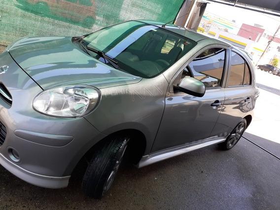 Nissan March 1.6 Sr 5p 2012