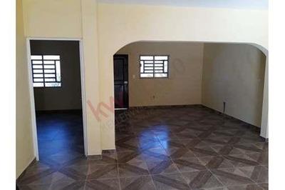 Se Vende Casa En Camino Del Seri