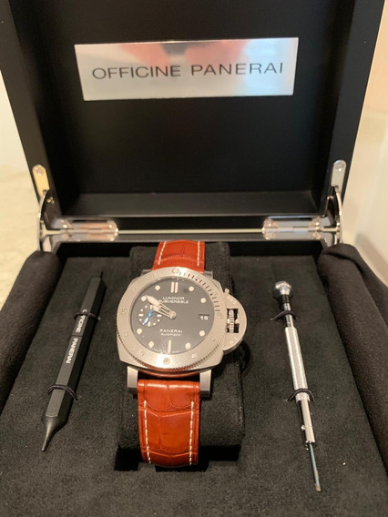 Panerai Submersible Pam00682