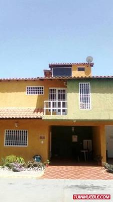 Townhouses En Venta. La Providencia