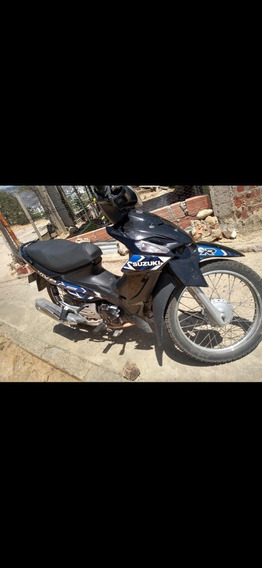 Moto Suzuki Viva R 2018