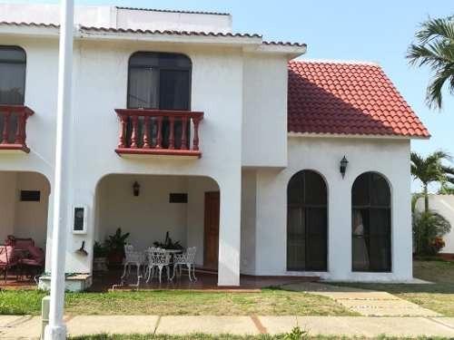 Casa En Renta, Fracc. Bugambilias, Coatzacoalcos, Veracruz