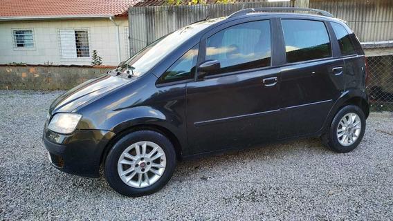 Fiat Idea 2010 Preto Motor 1.4 Flex 5 Portas