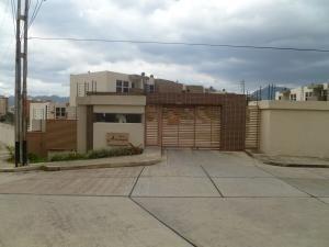 Townhouseen Venta En El Rincon Naguanagua 20-3918 Valgo