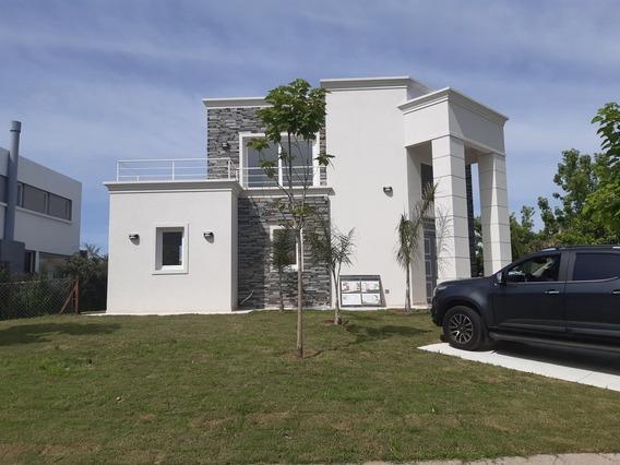 Casa Categoria 6 Ambientes X Dueño Financio .permuto