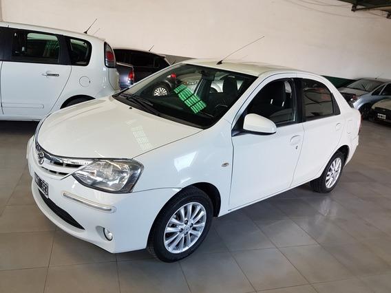 Toyota Etios 1.5 Sedan Xls 2014. 100 Km. Muy Bueno ..