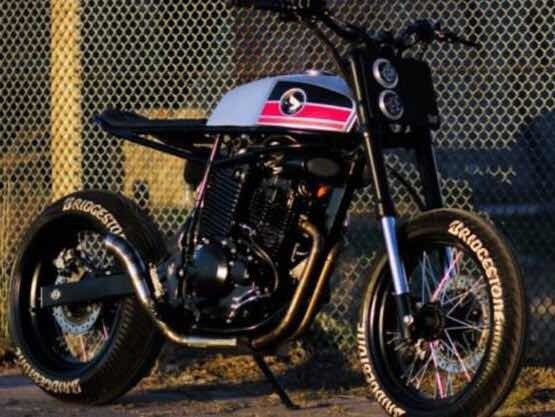 Moto Honda Falcon Nx400 Cafe Racer Tracker Custom Scramble