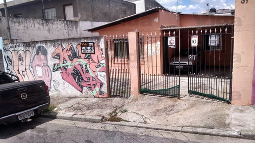 Casa Térrea Para Venda, 3 Dormitório(s), 250.0m² - 33745