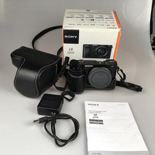 Camara Sony A6000 + Funda