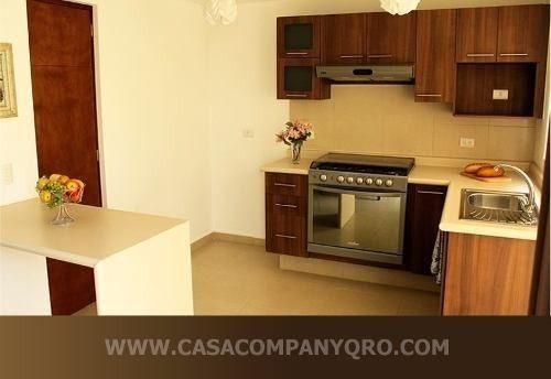 Hermosa Casa En Lomas Del Mirador, 3 Recámaras, 2.5 Baños