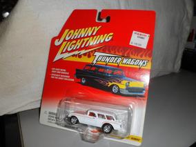 Johnny Lightning 1954 Corvette Nomad 1/64 Novo
