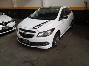 Chevrolet Onix 1.4 Effect Novissímo Único Dono 6 Mil Entrada