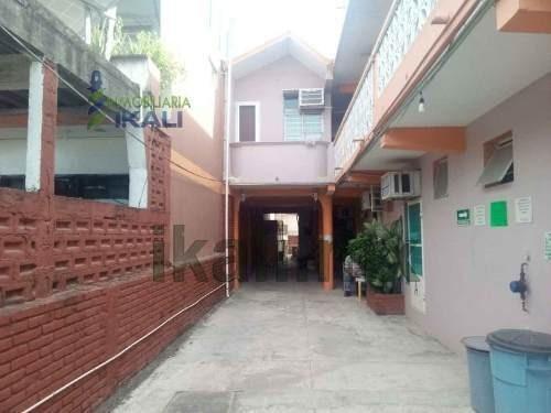 Edificio De Habitaciones En Venta Col Burocrática De Tuxpan Veracruz, Totalmente Equipado Para Iniciar Un Negocio De Renta De Habitaciones Por Día O Por Mes. Se Encuentran Ubicados Muy Cerca Del Cent